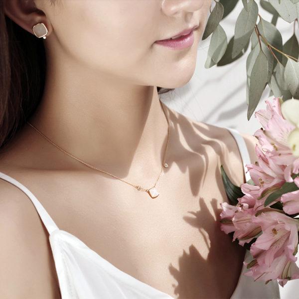 Hotan Jade Tower Necklace